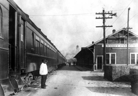Florida East Coast Railway station - Fort Pierce.Photo courtesy:  State Archives of Florida, Florida Memory, http://floridamemory.com/items/show/798